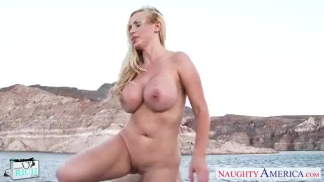 Beauty rich babe nikki benz take cock outdoors