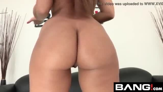 19 years old jenna gets it in the ass